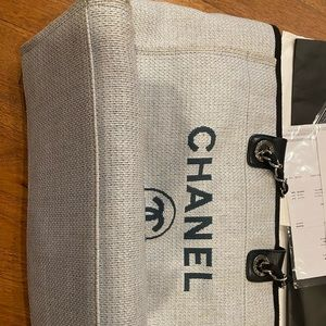 Used Chanel canvas tote